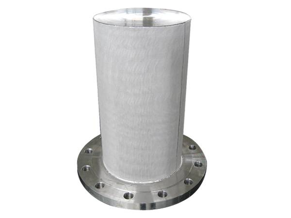 A sintered filter cartridge, with flange connection as one end, which supports the cartridge, the other end is not open.